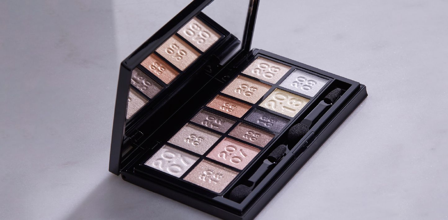 Eyeshadow Kanebo Cosmetics Is One Of The Most Intriguing Makeup Items To A Moderate User Elaborate Palettes And Shading Techniques May Seem Bit