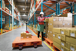 Efficient picking operations using voice recognition technology (Atsugi Logistics Center)