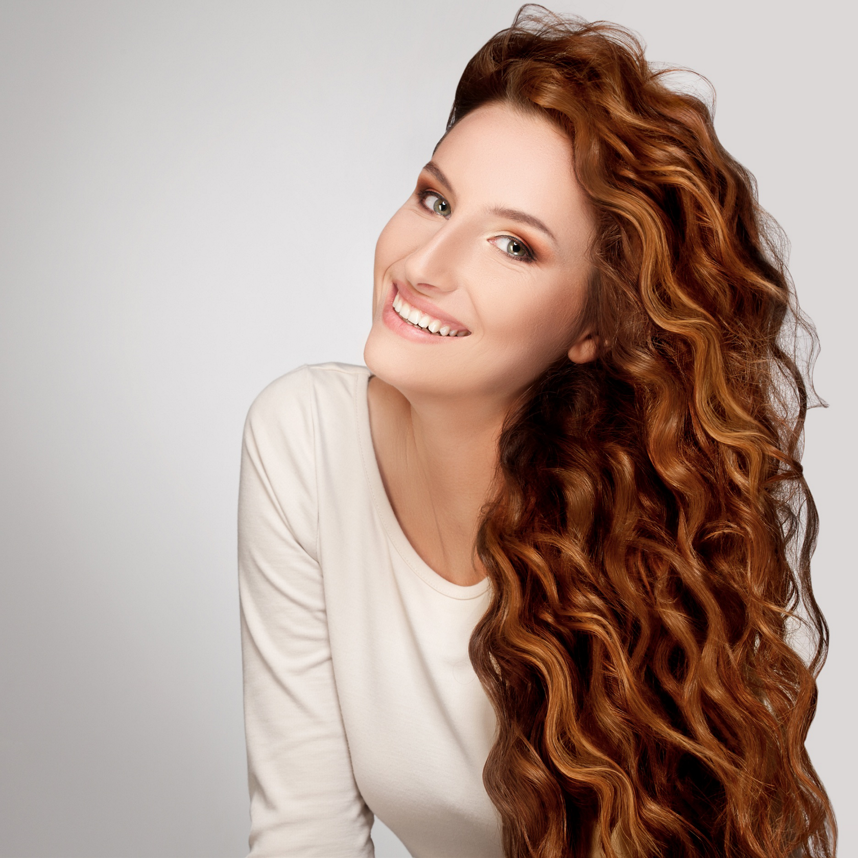 4 Hairstyles For Curly Frizzy Hair Expert Styling Tips John Frieda