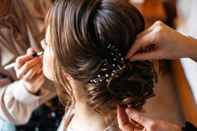 The Ultimate Hairstyle Guide For Good Wedding Guest Etiquette