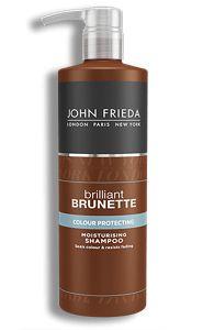 Een brunette slet